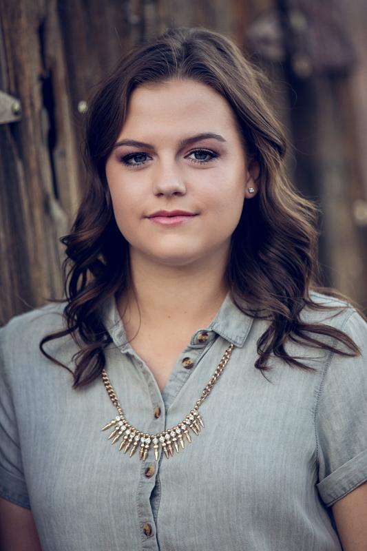 Caitlyn - Senior Pics - 33